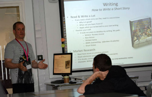 Chris Fielden, presenting to creative writing students